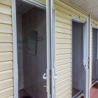 Отдых в приморье - база отдыха Земноморье, Фотогалерея, изображение Отдельно стоящий блок с туалетами и душевыми